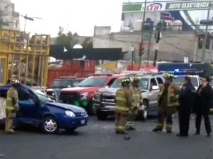 Mueren tres personas en accidente automovilístico en Coyoacán