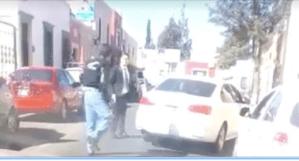 Automovilista dispara en contra de un taxista en Durango tras discusión por el tráfico (VIDEO)