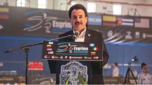 Captan a alcalde de Tijuana comprando gasolina en EU