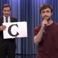 Daniel Radcliffe rappt durchs Alphabet