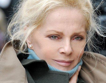 Virna Lisi in la donna che ritorna raiuno 2011