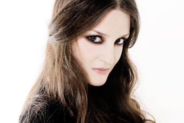foto della cantante irene fornaciari