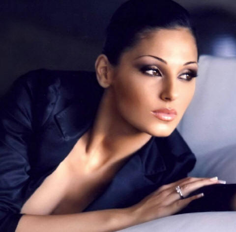 Anna Tatangelo, cantante