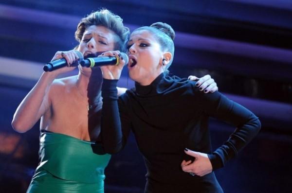 Emma Marrone e Alessandra Amoroso a Sanremo in duetto