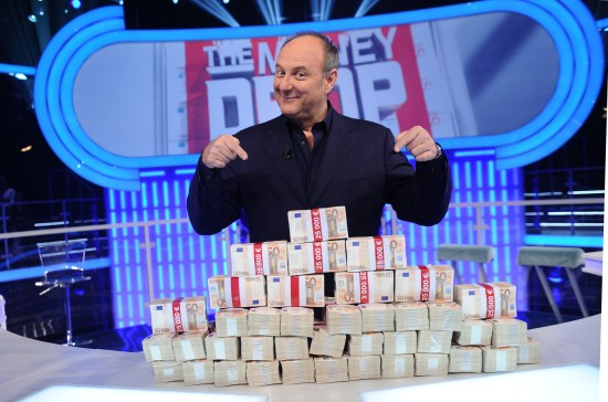 foto di gerry scotti a the money drop