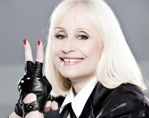 Raffaella Carrà, tanti auguri per i 70 anni alla regina della tv italiana