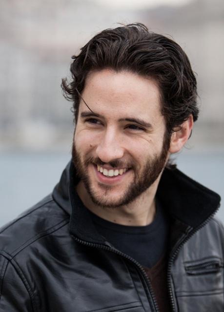 adam-vega-centovetrine-attore-jacopo-venturiero