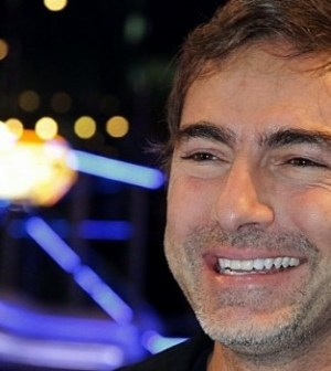 Foto Ballando con le stelle, Marco Liorni commentatore a bordo campo