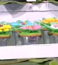 foto rainbow cupcake