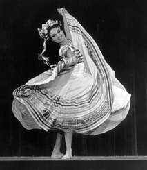 the ballet folklorico de mexico amalia hernandez returned to the united states in fall of 1998 celebrate tis 46th anniversary