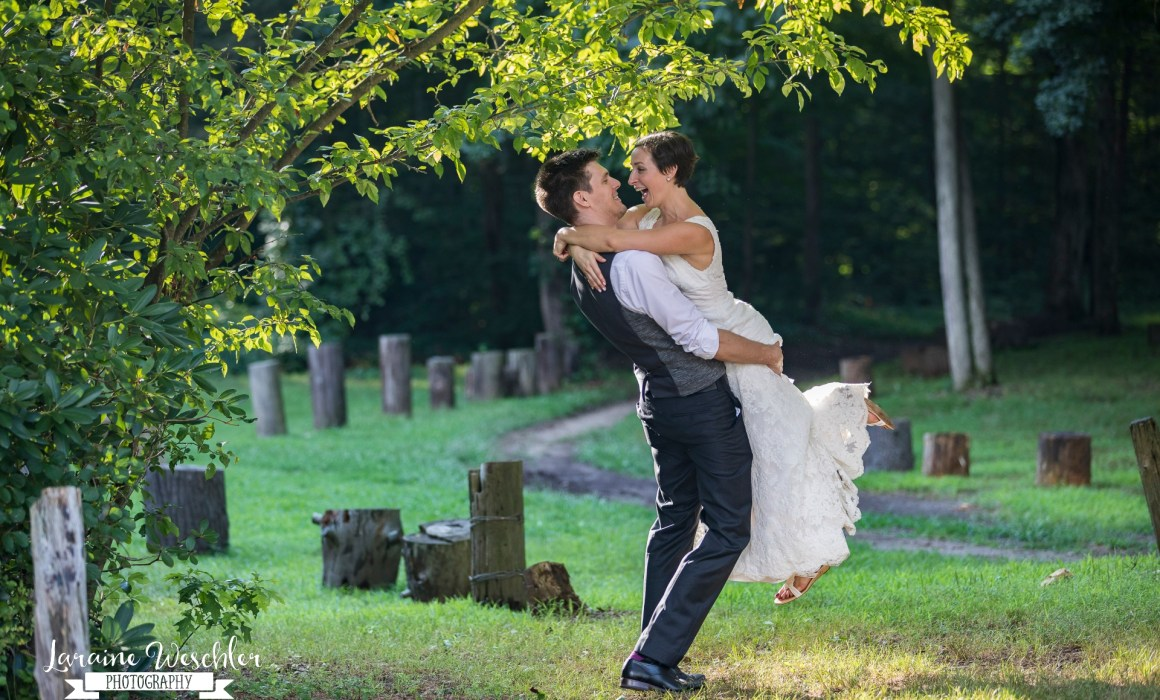 Love story: Kira and Vincent summer wedding in the woods