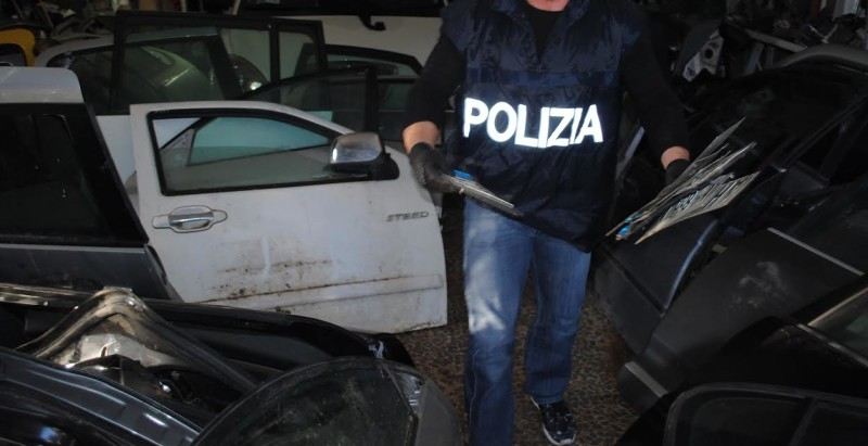 Polizia caserta archivi for Mobilya caserta