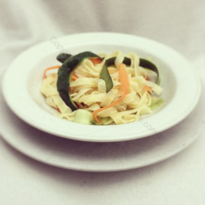 Tagliatelle with vegetable ribbons