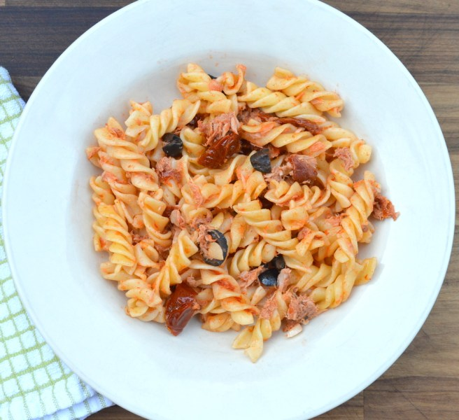 Tuna fusilli with olives and sun dried tomatoes