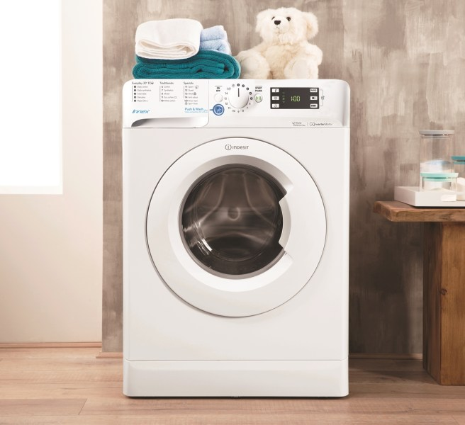 Indesit Innex washing machine lifestyle