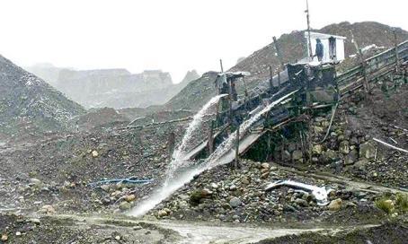 Minería de en río Suches, Bolivia. Foto: La República