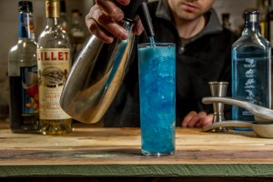 Blue Curacao Cocktail - Filling the glass