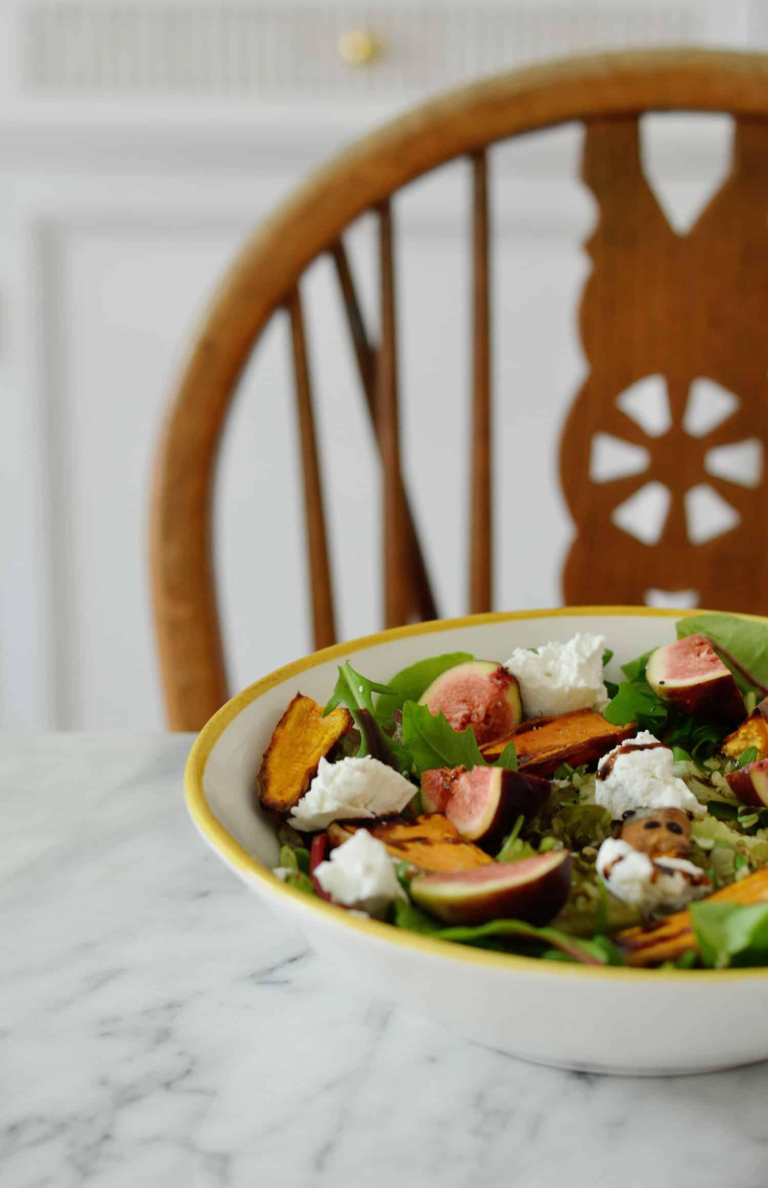 Recept: salade met vijgen, zoete aardappel en geitenkaas