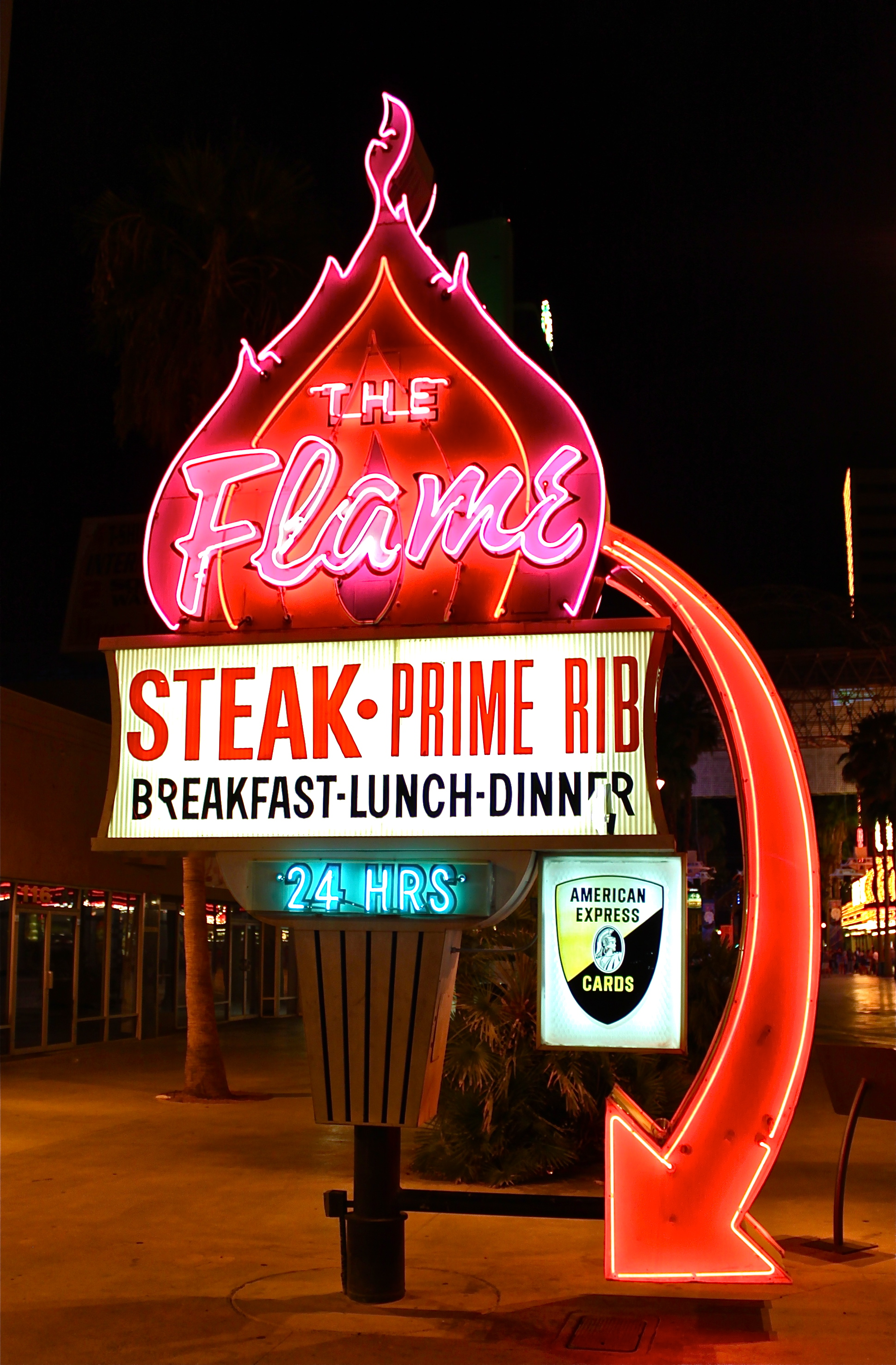 Daily neon the flame restaurant las vegas 360 for Cuisine las vegas