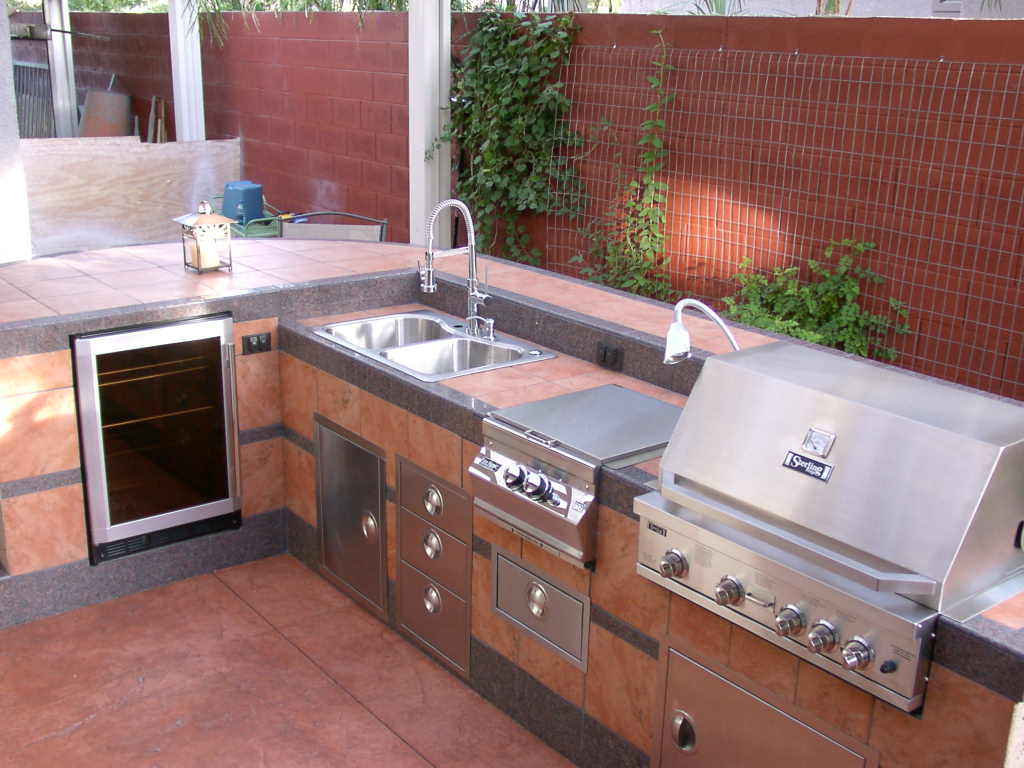 Barbecue islands las vegas outdoor kitchen for Custom outdoor bbq kitchens