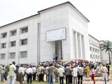 Rassemblement des fonctionnaires le 03/04/2012 à la place Golgota à Kinshasa- Gombe. Radio Okapi/ Ph. John Bompengo