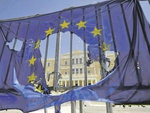 drapeau-europeen-dechire