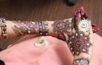 Stylish stone studded bridal mehndi design