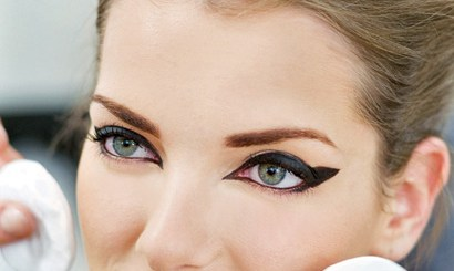 Deep set eyes makeup trends