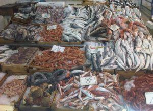 pesce-mercato-banchetto-latina-24ore-689733