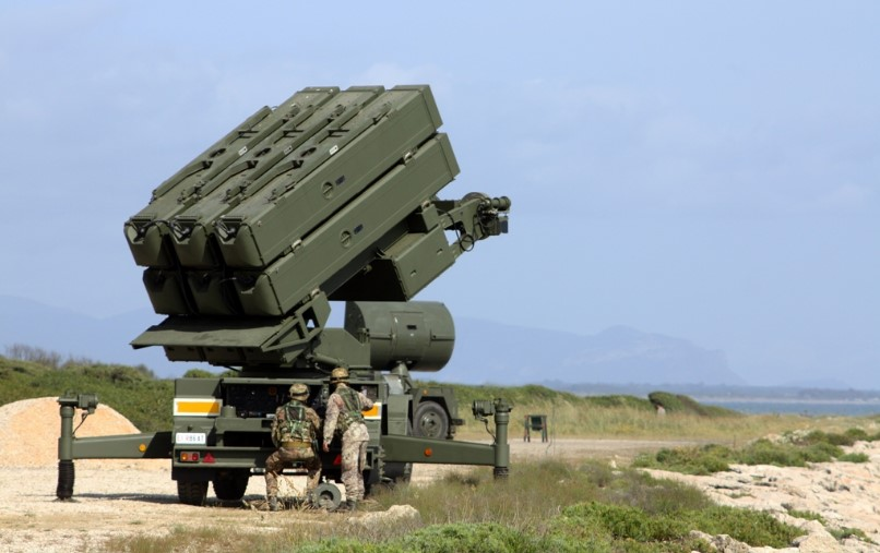 sabaudia-lanciatore-missili-artiglieria