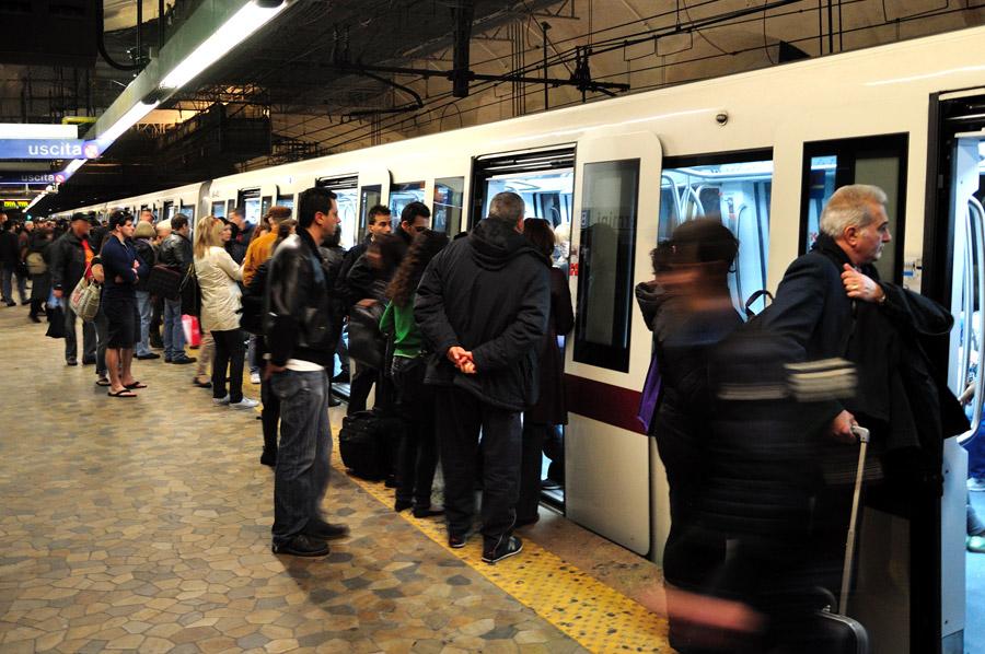 metro-roma-vagone