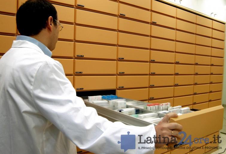farmacista-farmaci-farmacia-cassetti