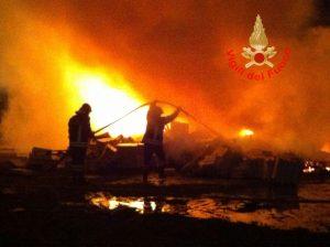 incendio-borgo-grappa-2015