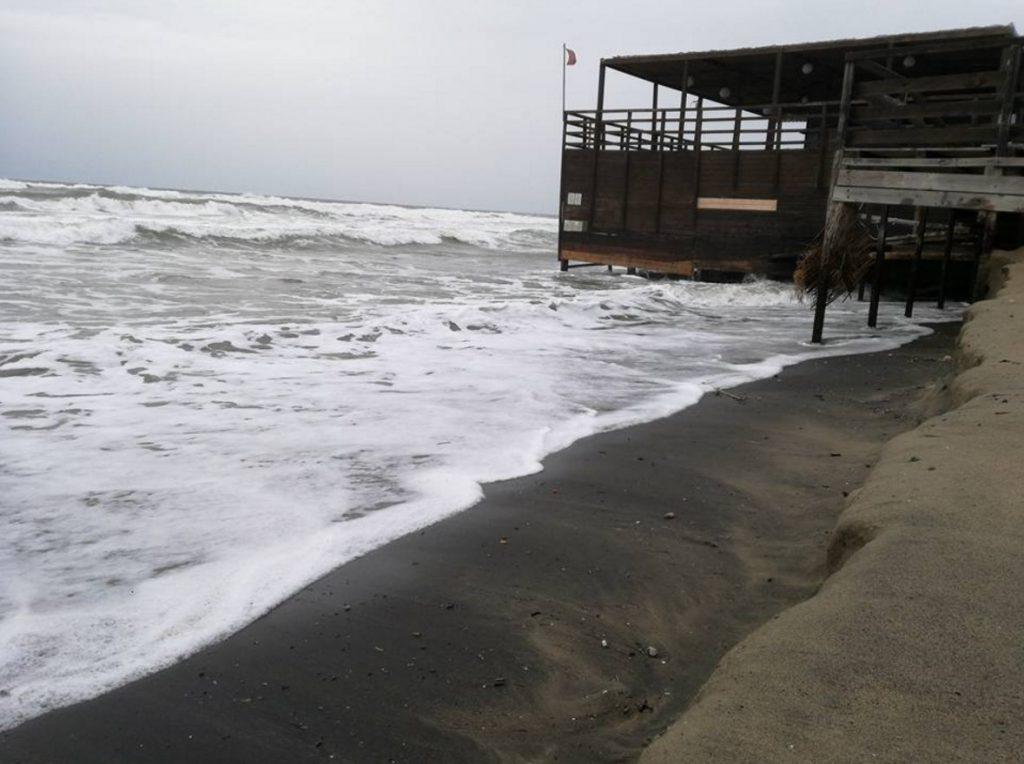 mare-latina-lido-spiaggia-erosione-2016-0
