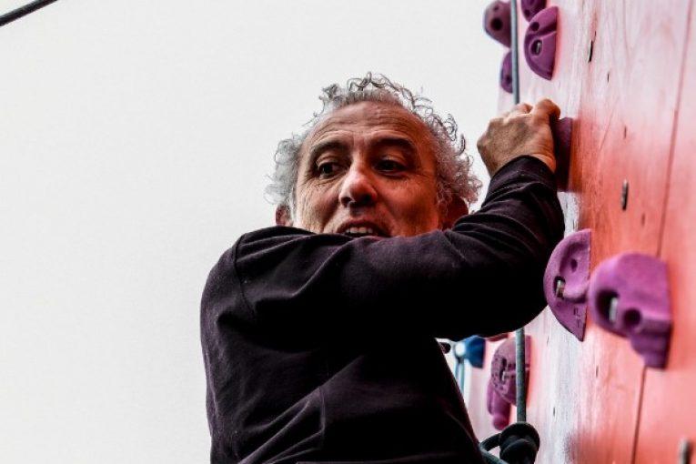 sindaco-coletta-arrampicata
