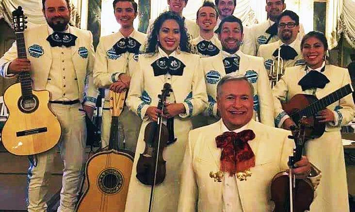 Mariachi-Photo-at-Broadmoor-2017-(1)_worked
