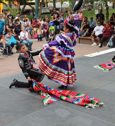 Fiesta Colorado Stage Cinco de Mayo 2017 Day 2_general_ JC photographer  (14)