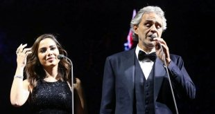 Anitta canta com Andrea Bocelli em São Paulo