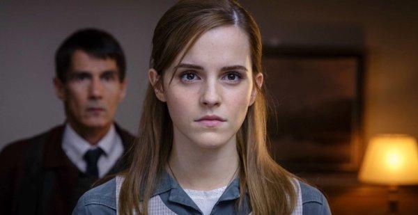 Filtran escena censurada de Emma Watson desnuda en 'Regression'