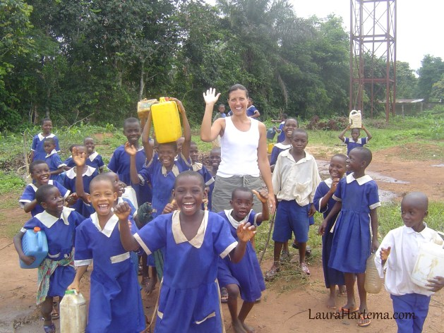 Laura and schoolkids at well2