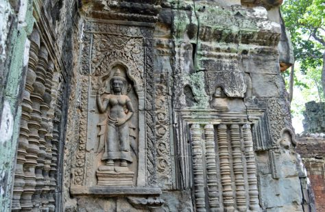 Ultimate Guide To A 1 Day Angkor Pass | travel visit plan angkor wat ta prohm temples description which ones to go to trip explore bike tuk tuk book trip how to help top tips dress code one day 1 day best temples siem reap cambodia cambodian khmer empire ancient bayon angkor thom sunrise sunset blog post