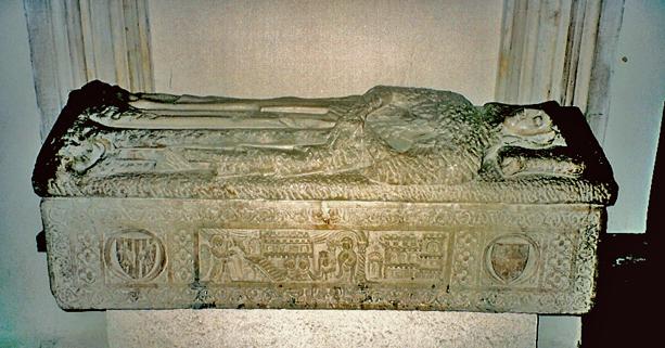 I sarcofagi degli Aragonesi nella Cattedrale di Catania