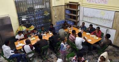 Migranti/profughi, esauriti i soldi per l'accoglienza