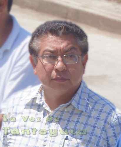 El Ing. Jesús Guzmán Avilés, Presidente Municipal se escondió de la comisión de antorchistas, para no atenderlos tras no saber que inventarles.