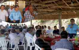 Recibe Jonathan Ángel Flores Sánchez a diputado local electo en Chalma