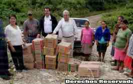 Gobierno municipal distribuye libros de texto gratuitos en Huayacocotla
