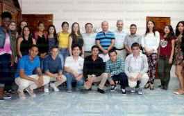 Se reúne Jesús Guzmán Avilés con alumnos extranjeros del Tecnológico de Tantoyuca