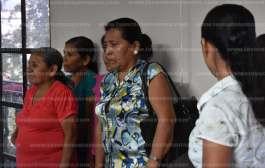 Mujeres indígenas son defraudadas por aspirante a candidata independiente por Tantoyuca