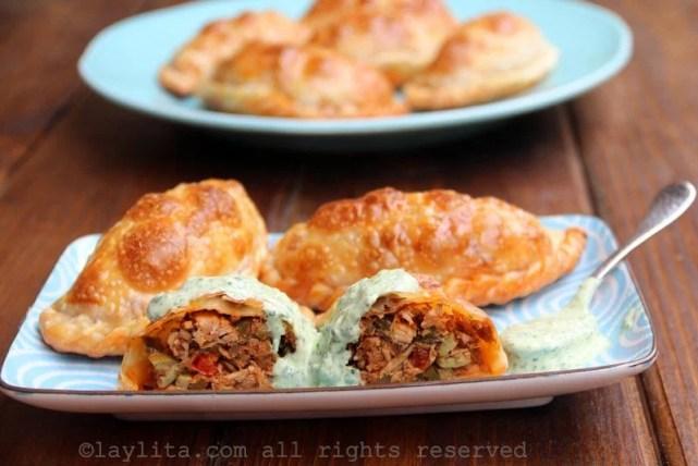 Tuna fish empanadas {Empanadas de atún} - Laylita's Recipes