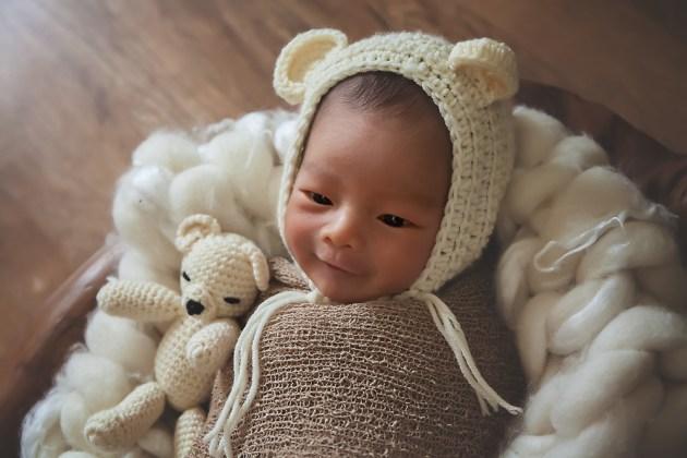 Newborn Photographer Farnborough